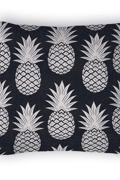 Decorative High Quality Cotton / Linen Blend Cushion Black Pineapple Print