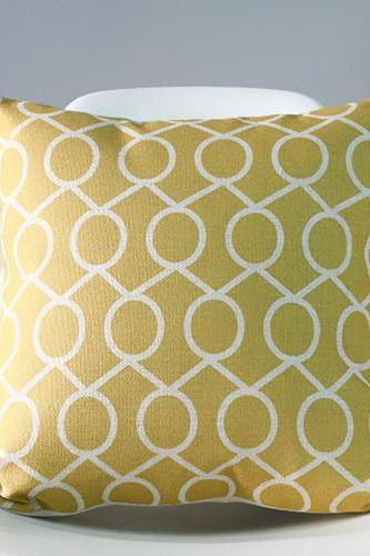 Decorative High Quality Cotton / Linen Blend Cushion Gold Pattern
